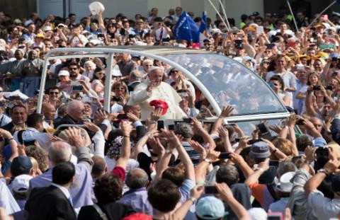 Papa a Torino - foto di Gabriele Bolognesi-2