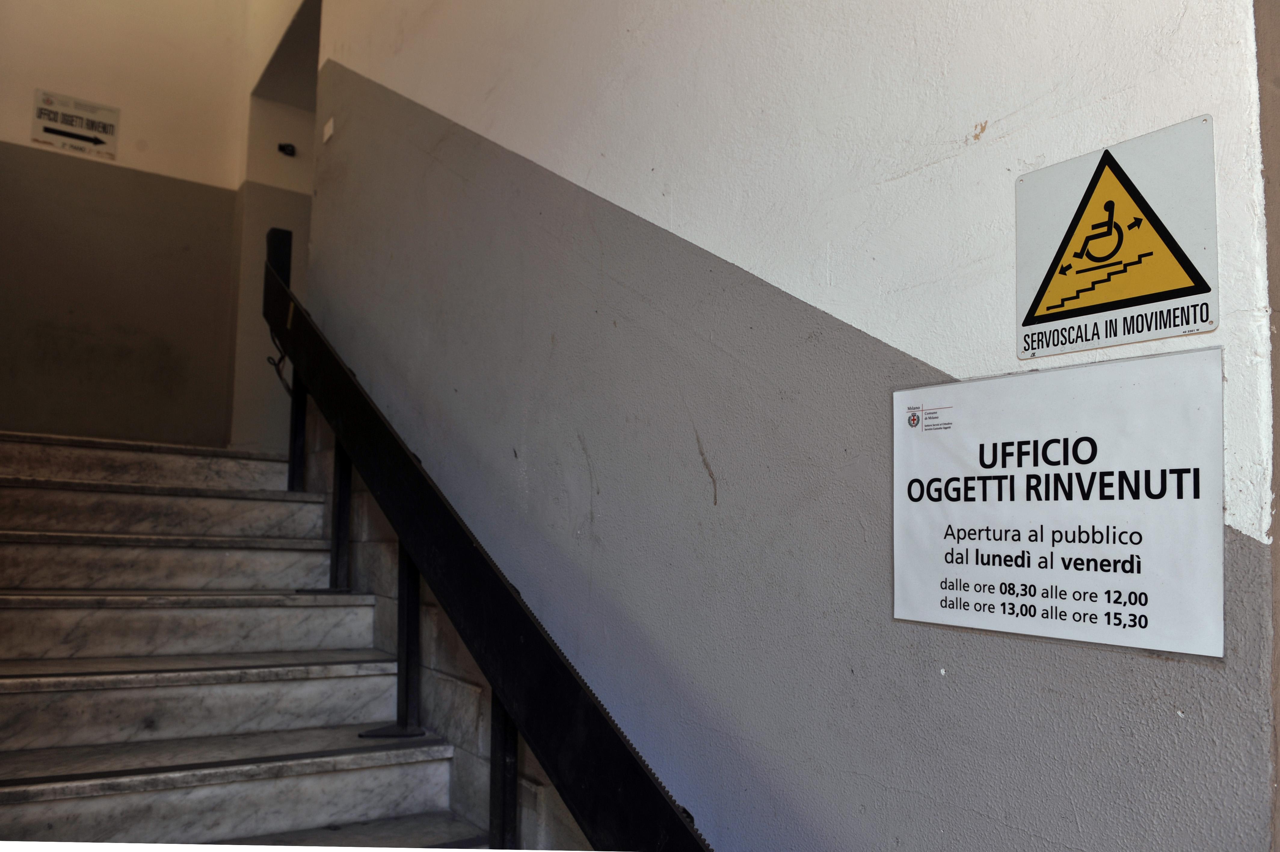 Ufficio Oggetti Smarriti Milano : Ufficio oggetti rinvenuti discoradio