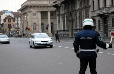 vigili polizia locale milano-2